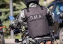 General Roca: evitó un control en su motocicleta y chocó a un policía