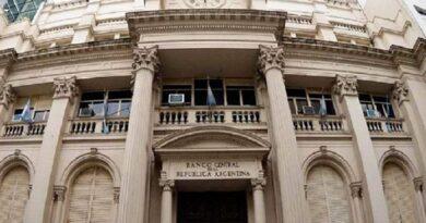 """El banco no le cerró la cuenta y lo mandó al Veraz: elevan el resarcimiento por """"información distorsionada"""""""